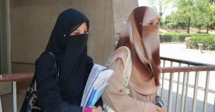 Berdebat Dengan Mahasiswi Bercadar...