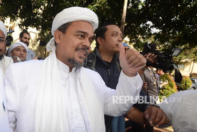 HRS Perintahkan Usut Tuntas Kasus Penolakan Ustaz Somad
