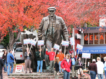 Amerika'daki Lenin heykeli