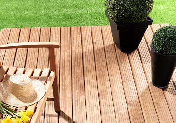 la terrasse en bois. Black Bedroom Furniture Sets. Home Design Ideas
