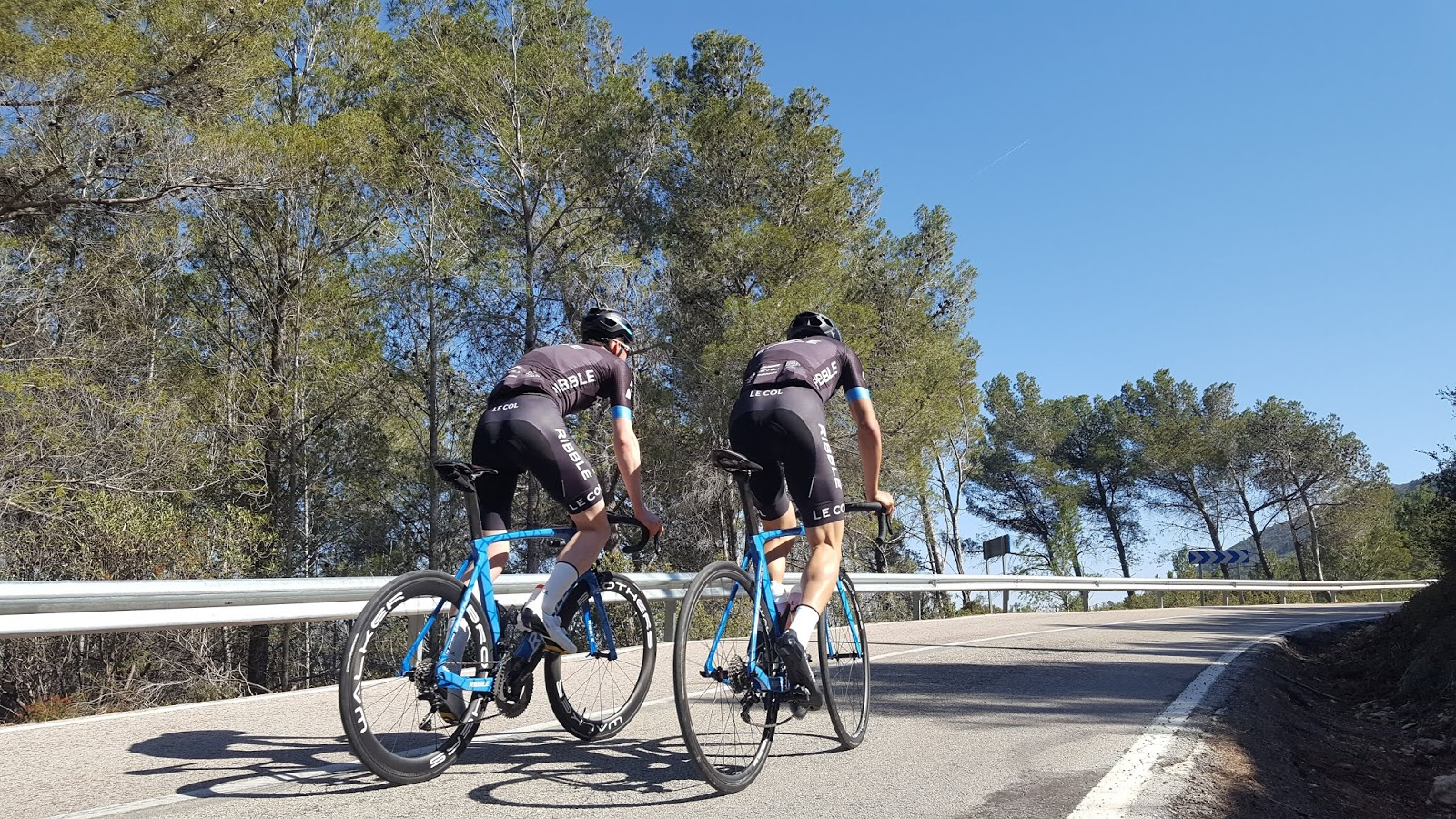 2-kilometre mark on northern ascent of Coll de Rates, Alicante