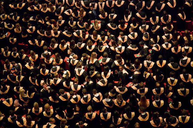 Graduados - Foto de Faustin Tuyambaze