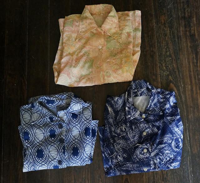"""3 chemises dont une """"la jeune fille au banjo"""" en pointillisme 70s novelty shirt"""