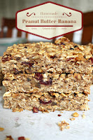 Healthy homemade granola bars you can feel good about! Nuts, peanut butter, honey bananas and fruit. No sugar! #granolabars