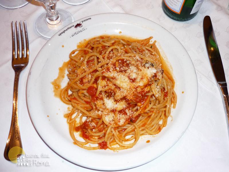 Plato de espaguetis de L'Archetto en Roma