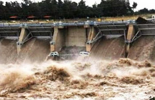Kenyan Dam Bursts