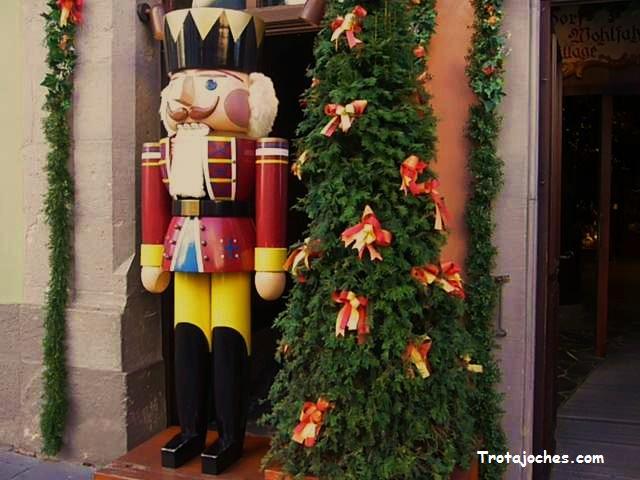 Como Decorar Una Carniceria En Navidad.Rothenburg Ob Der Tauber El Pueblo De La Eterna Navidad