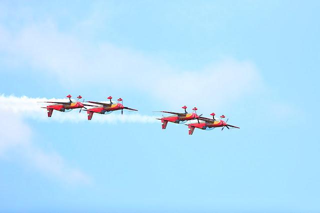 Pokazy lotnicze w gdynii podczas aerobaltic Airshow