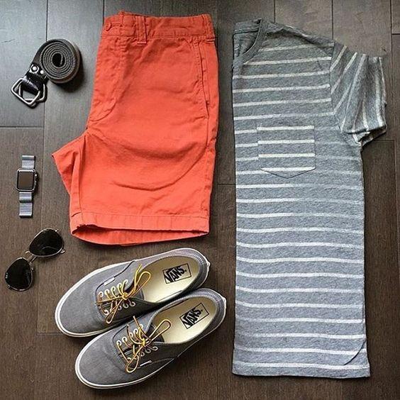 look masculino com camisa listrada e bermuda laranja