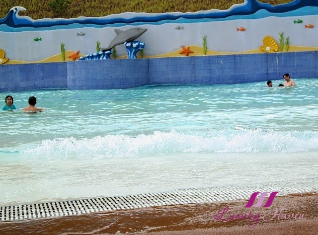 legoland malaysia resort water park wave pool review