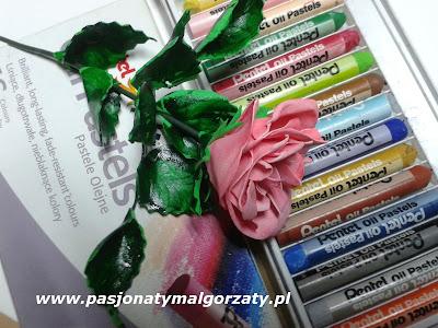 Róża z pianki foairam pastele olejne