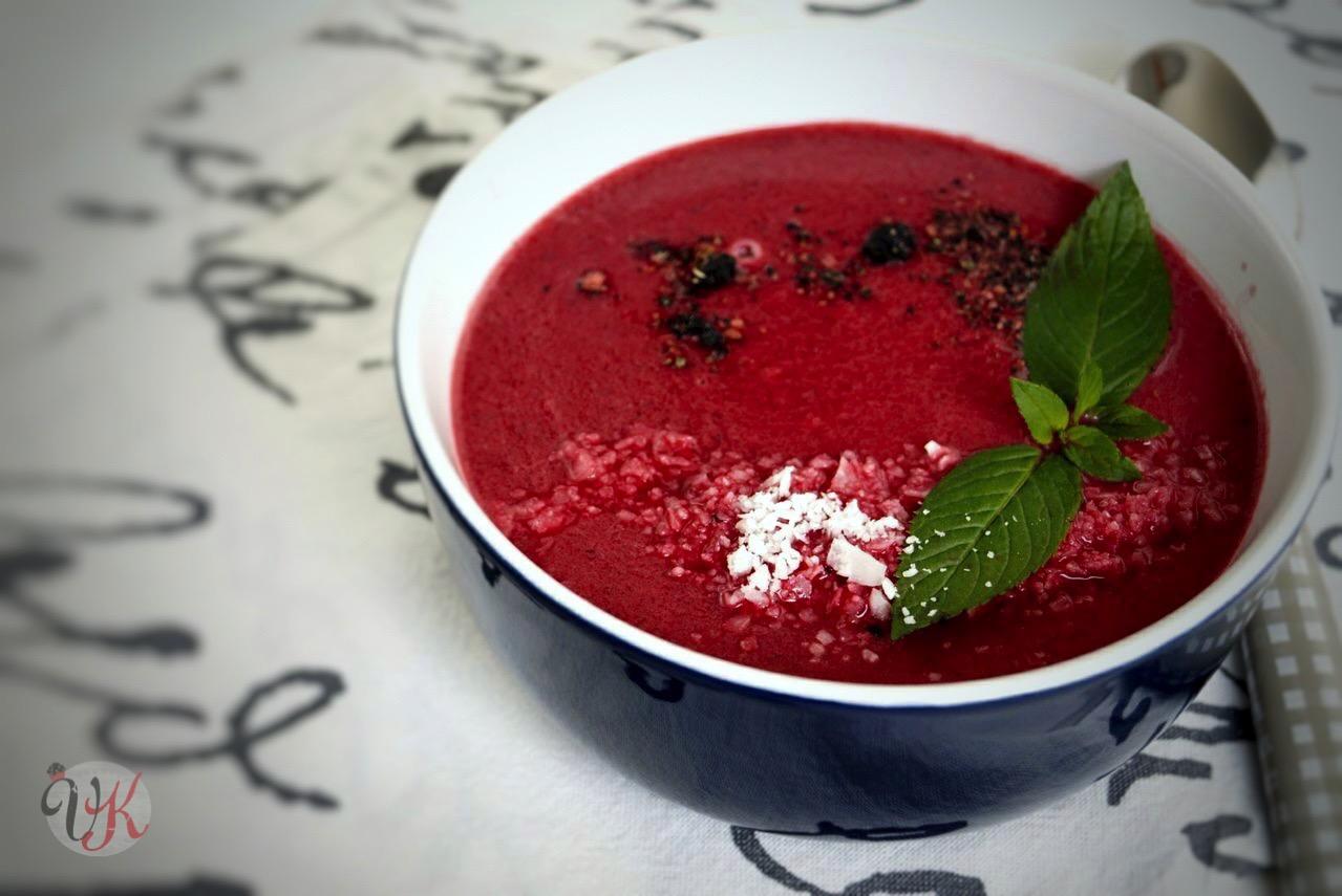 viera s kitchen rote beete suppe mit kokosmilch und ingwer. Black Bedroom Furniture Sets. Home Design Ideas