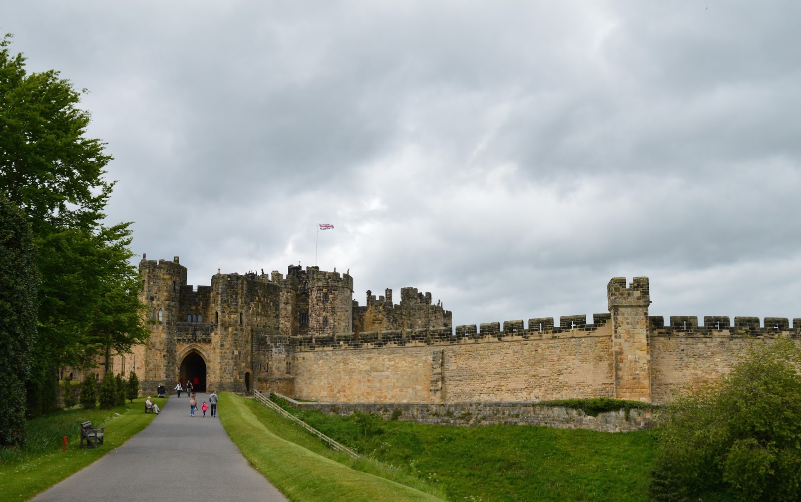 The Ultimate Guide to What's On in the North East for Kids | Summer Holidays 2018  - Alnwick Castle