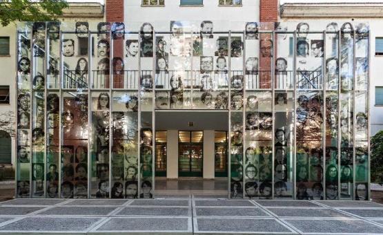 Macri recorta 50 % al programa de derechos humanos de Argentina