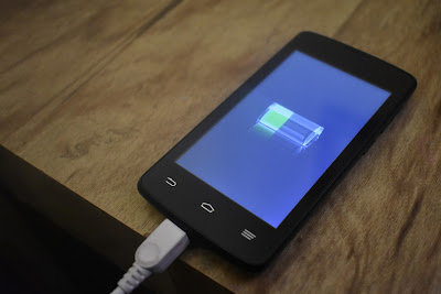 celular com carregado bateria