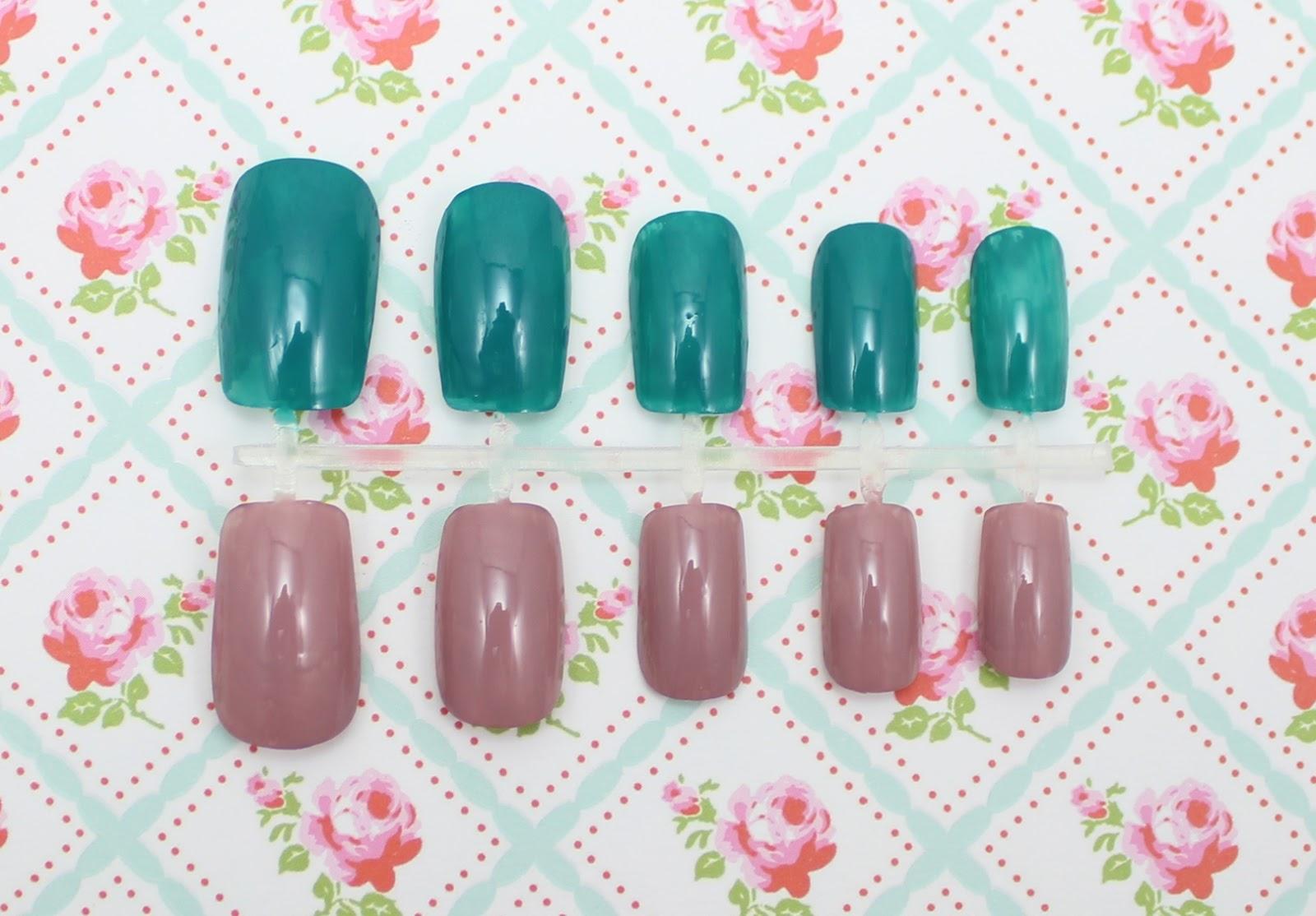 Ciaté mini mani month nail polish calendar