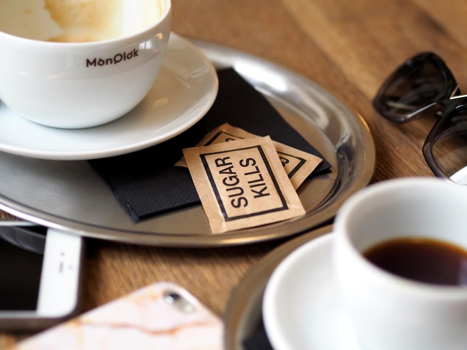 nejlepší kavárny Praha monolok cafe