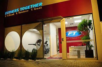 Atualmente cada unidade da FITNESS TOGETHER possui duas ou mais salas  exclusivas (chamadas pela rede de estúdios) para a realização de um  treinamento ... e9b44cc907