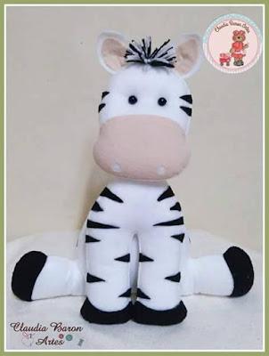 """alt=""""molde de zebra em feltro"""""""
