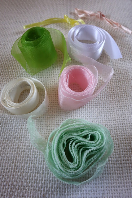 ribbon paper clips, upcycle ribbon, recycle ribbon, reuse ribbon, ribbon remnants, ribbon scraps, lace, bookmarks, book flags, ribbon crafts, lace crafts, blah to Tada, gift for book lovers, crafts for book lovers
