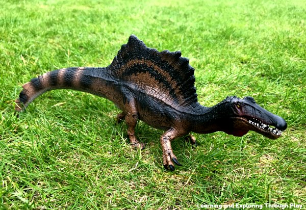 Schleich Dinosaurs Review