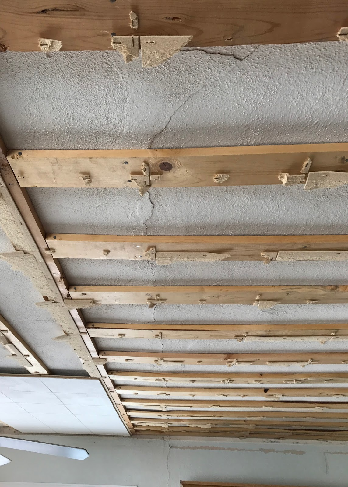 Farmhouse ceiling removing ceiling tiles averie lane farmhouse ceiling removing ceiling tiles dailygadgetfo Choice Image