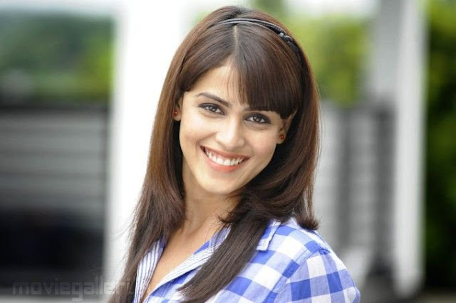 Genelia D'souza Bollywood Actress  New Unseen Cute,Sizzling Pics and Wallpapers