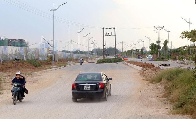 Tuyến đường có 6 làn xe và chiều rộng 40m. Hiện đã có thể lưu thông và tiếp tục hoàn thiện nốt.