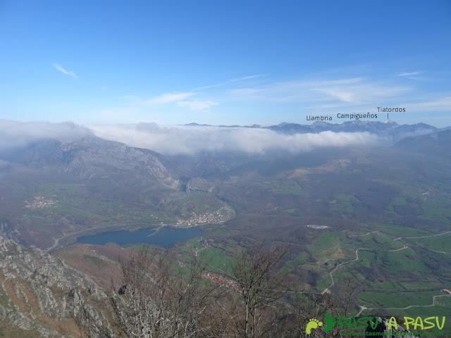 Ruta Sierra del Crespón: Vista desde Peña Escrita al Tiatordos y Campigüeños