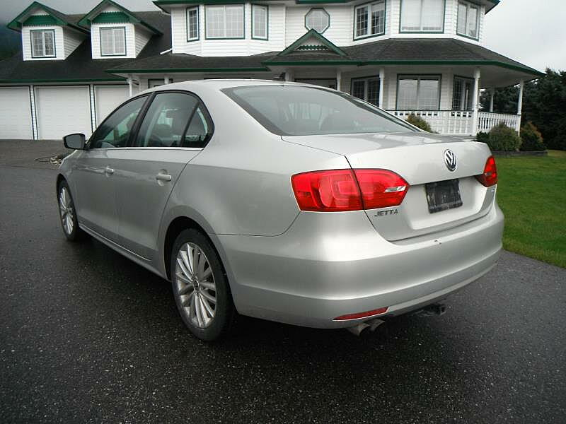 j cruisers jdm vehicles parts in canada 2011 vw jetta tdi for sale in bc canada. Black Bedroom Furniture Sets. Home Design Ideas
