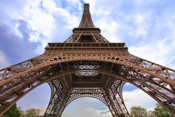 Resultado de imagem para Torre Eiffel, Paris