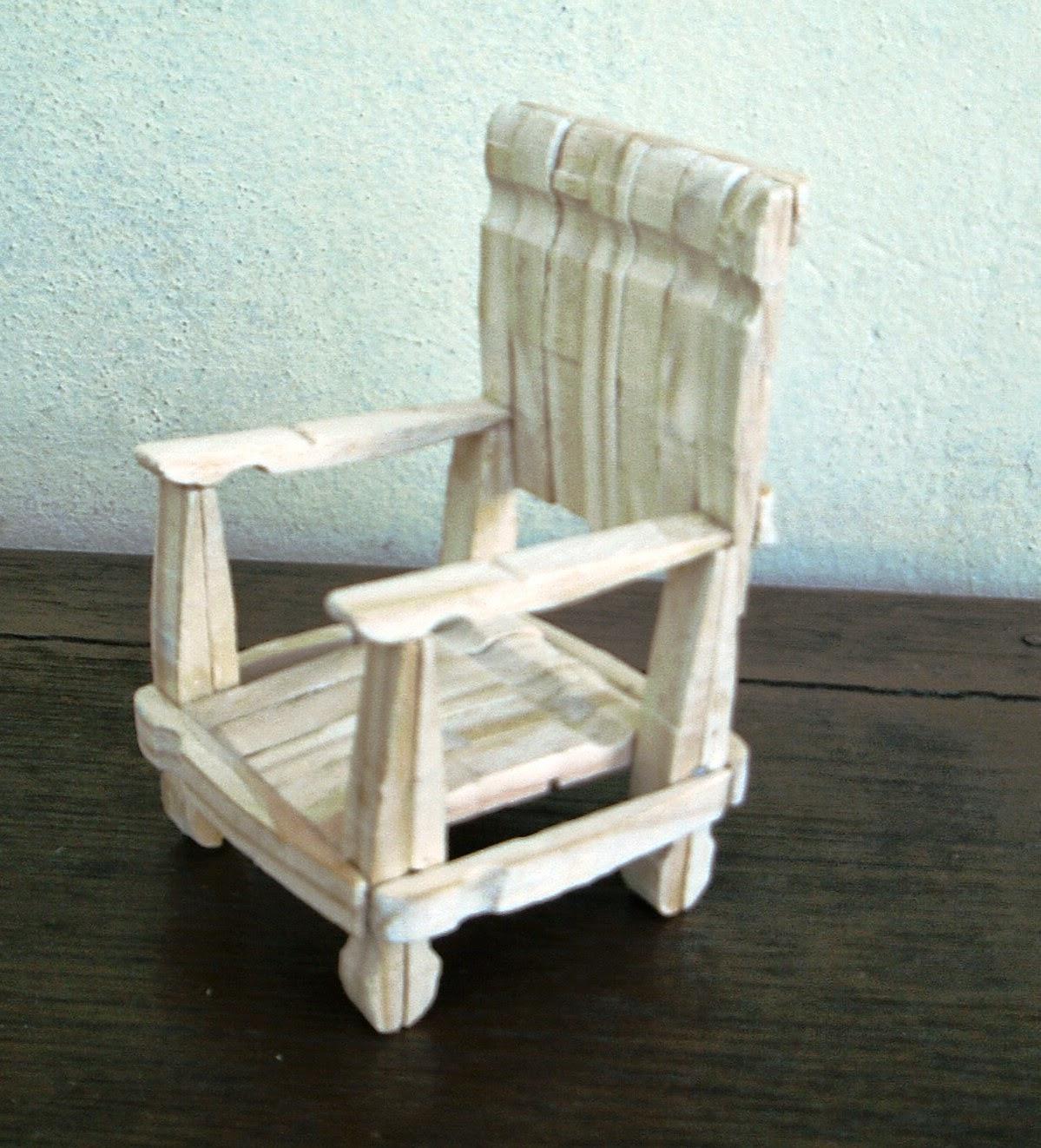 #7A6F51 http://www.zequetto.com/2012/06/cadeira de pregador de roupa.html 1199x1322 px cadeira de balanço com pregador @ bernauer.info Móveis Antigos Novos E Usados Online