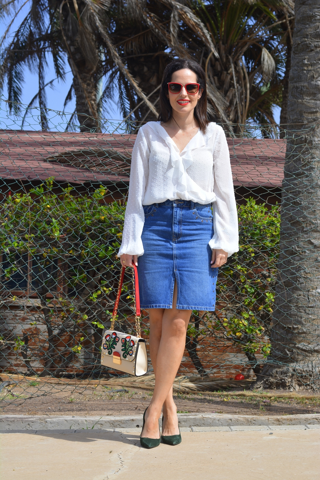 outfit-falda-denim-body-plumeti