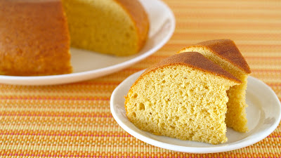 Kasutera (Castella) is a very popular Japanese sponge cake made from a few ingredients.