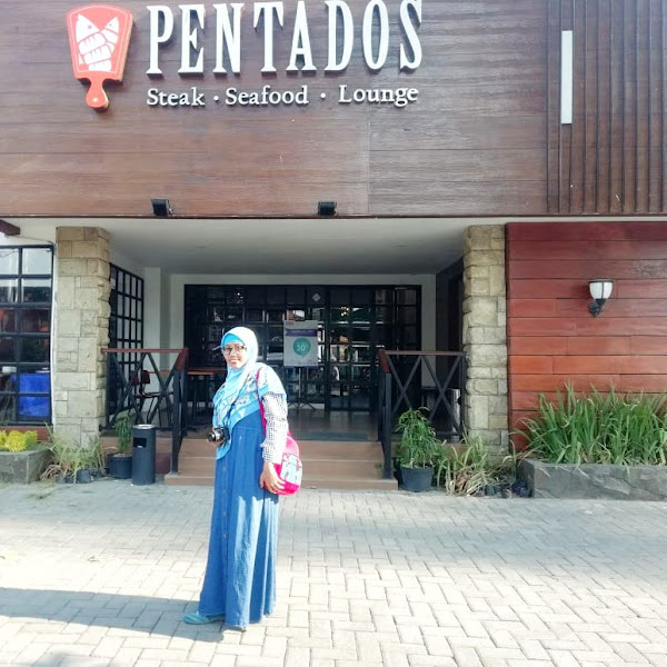 PENTADOS SURABAYA : Nikmati Sensasi Meracik Sendiri Nasi Goreng Aneka Topping