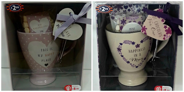 Hot chocolate mug sets in display boxes