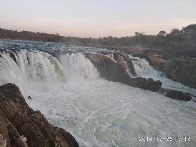 Dhuandhar Falls, Jabalpur