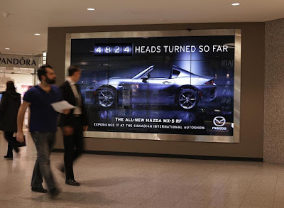 Mazda - The Head Turning Billboard