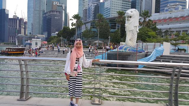 lokasi patung singa singapore