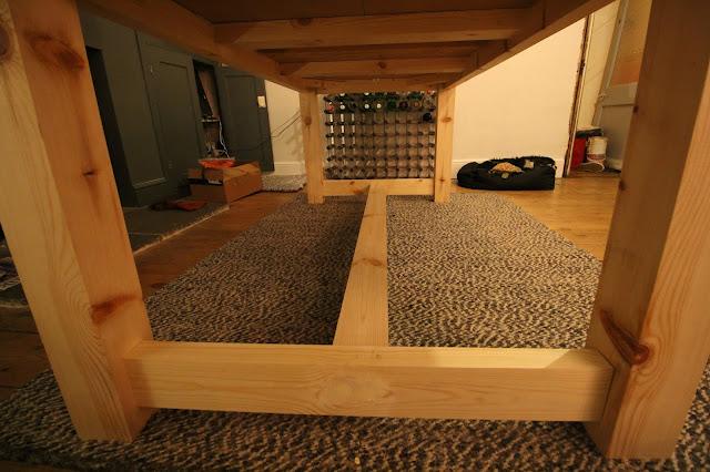 DIY Farmhouse Table Fame