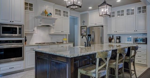 Agate Stone Slabs - The Perfect Semi-Precious Stone for a Riveting Home Decor