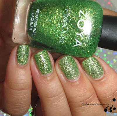nail polish swatch of Cece  by zoya
