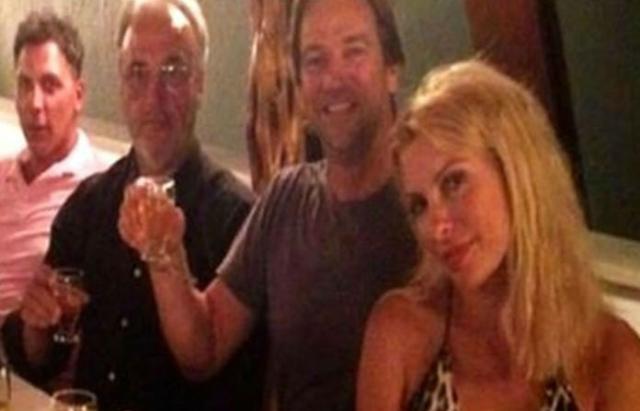 Μενεγάκη Παντζόπουλος: Ξέφρενο γλέντι στην Σάμο με φίλους! Φωτογραφίες από το ταξίδι τους!