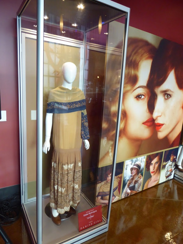 Eddie Redmayne The Danish Girl movie costume