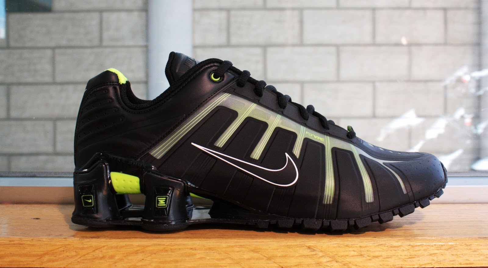 promo code 73215 a895d New Nike Shox O leven Available In Dr Jays Stores