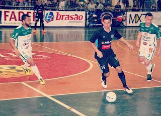O elenco do São José dos Pinhais Futsal está fechado para os desafios da  temporada de 2017. A diretoria do time são-joseense definiu na tarde de ... 0fc7d394a7c2b