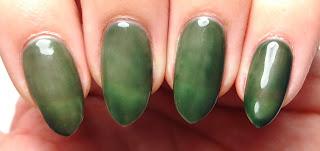 Green Thermal Nails