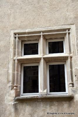 fenêtre, Olliergues, Puy-de-Dôme, Auvergne.