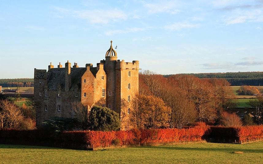 Kastil Stuart di Skotlandia