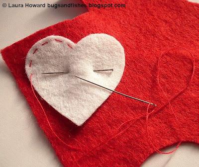 ornament1b - Enfeite coração e estrela de feltro